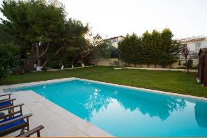 Villa for rent in Lagonisi 02